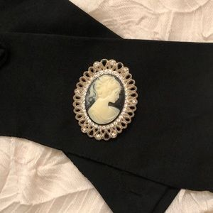 Vintage style blouse pin